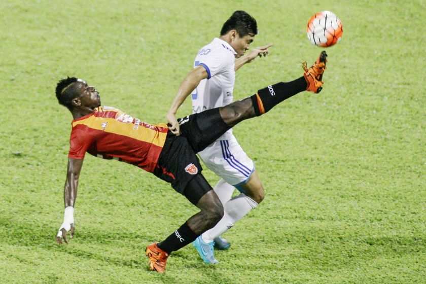 Sabah aibkan tuan rumah, KL Sime Darby FC di Selayang.