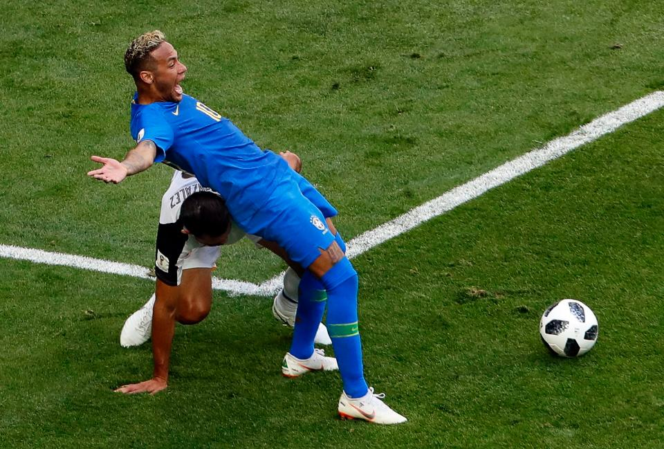 3 Aksi 'special' Neymar yang hangatkan Piala Dunia 2018